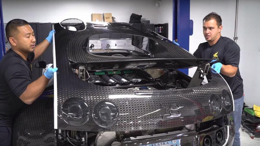 Посмотрите на процесс смены масла на Bugatti Veyron, который стоит 1,3 млн рублей