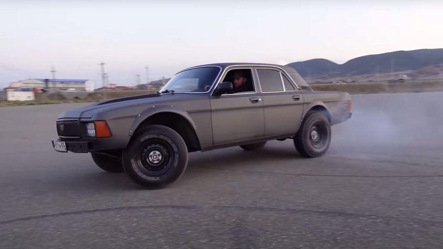 Житель Дагестана превратил ГАЗ-3102 «Волга» в автомобиль из «Форсажа»