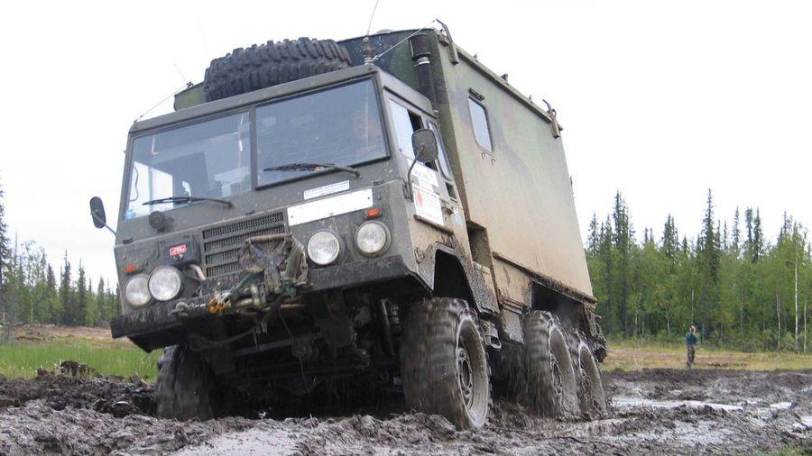 В Эстонии продают армейский Volvo C304 с портальными мостами и двигателем Land Rover
