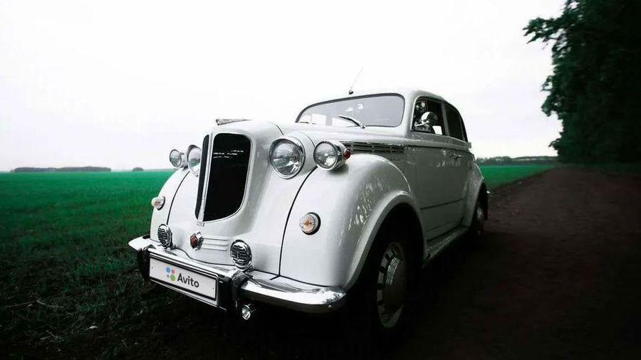 В Омске продают Москвич-400 с «колхозным» ремонтом, который вы захотите купить