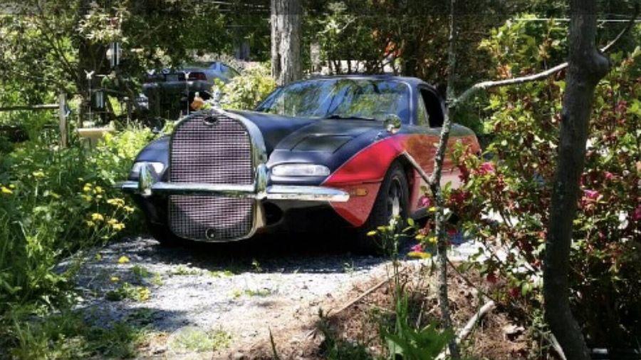 На продажу выставили самую странную Mazda MX-5 с элементами от довоенного Ford