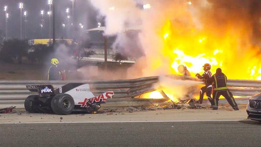 Гонщик Формулы-1 чудом выжил в страшной аварии на Гран-При Бахрейна в эти выходные