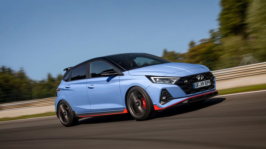 Hyundai выводит на рынок 201-сильный хот-хэтч i20 N