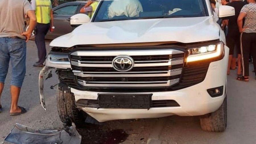В России разбили новенький Toyota Land Cruiser 300 всего через неделю после покупки